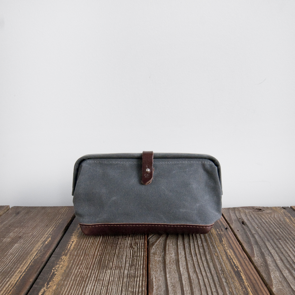 Billykirk Buckled Dopp Kit Ash Waxed Canvas Brown Leather