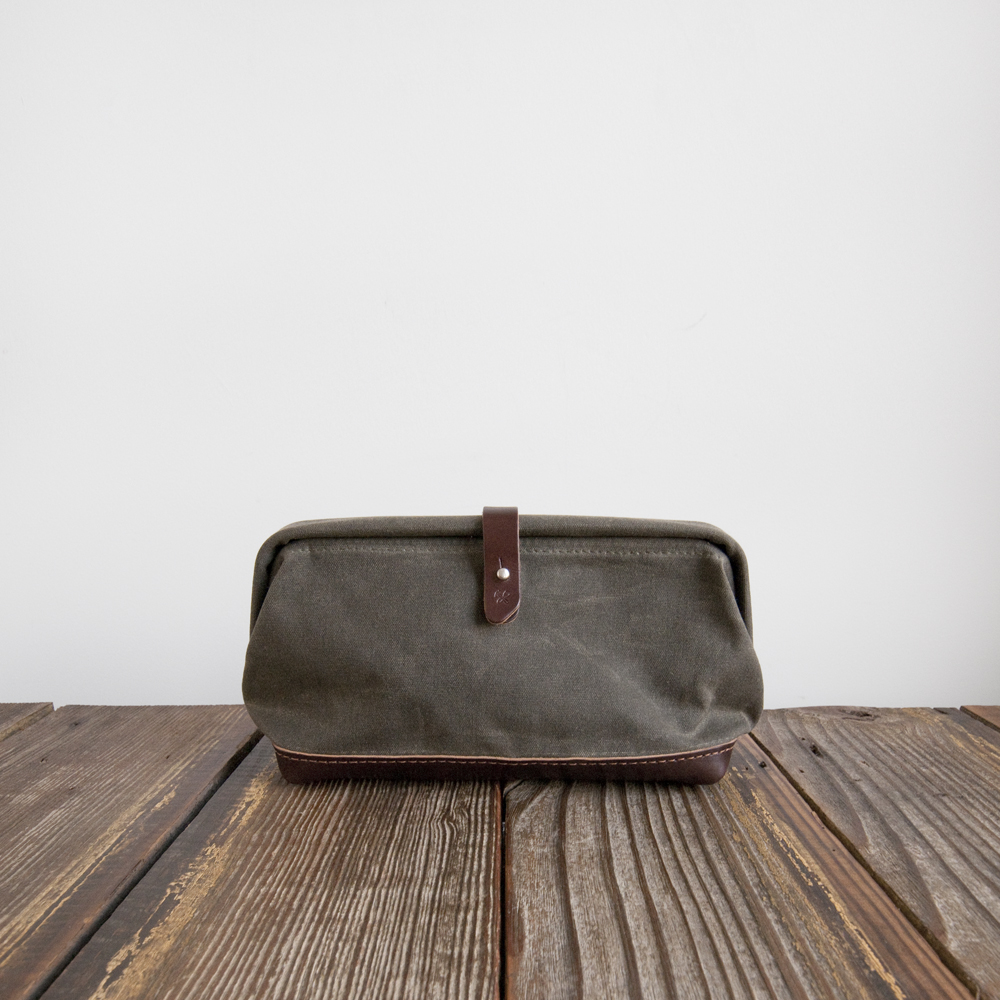 Billykirk Buckled Dopp Kit Olive Waxed Canvas Brown Leather