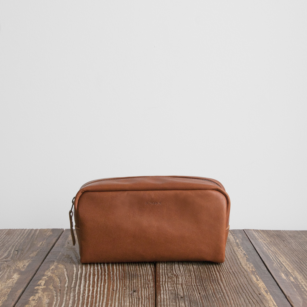 Billykirk Small Zip Dopp Kit in Cognac Leather