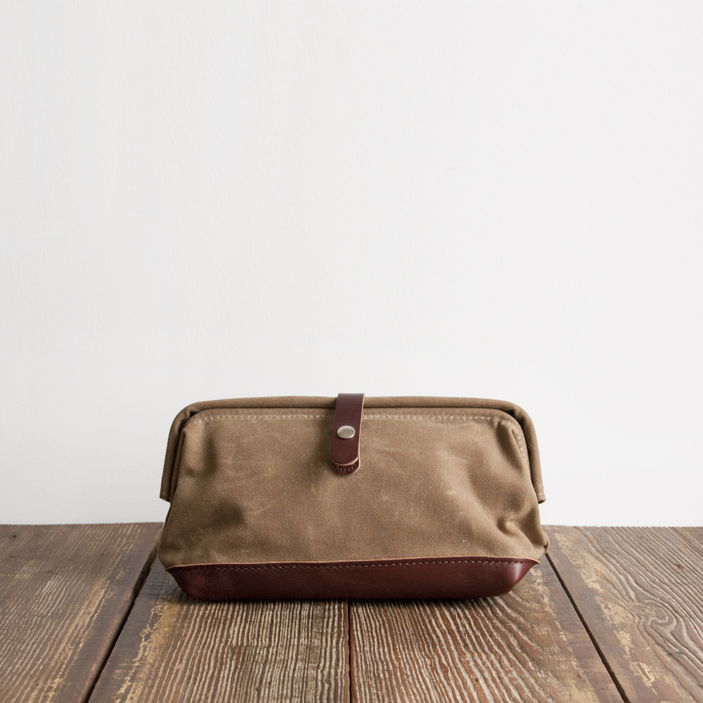 Billykirk Snap Dopp Kit in Limited Tan Wax Brown
