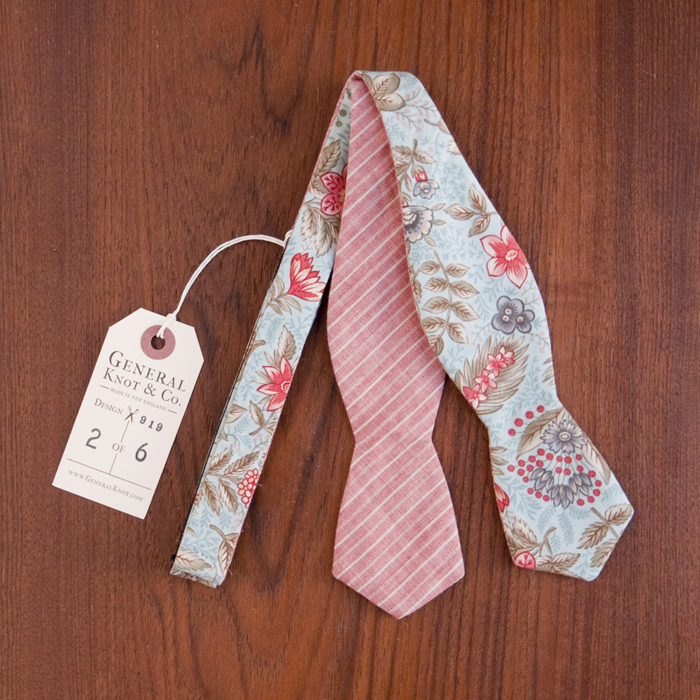 General Knot Bow Tie Misty Botanical Rose Stripe