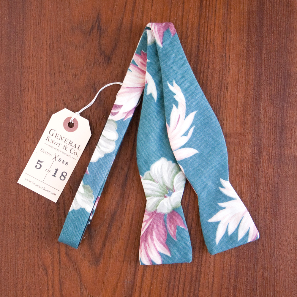 General Knot & Co. Bow Tie South Seas Palm