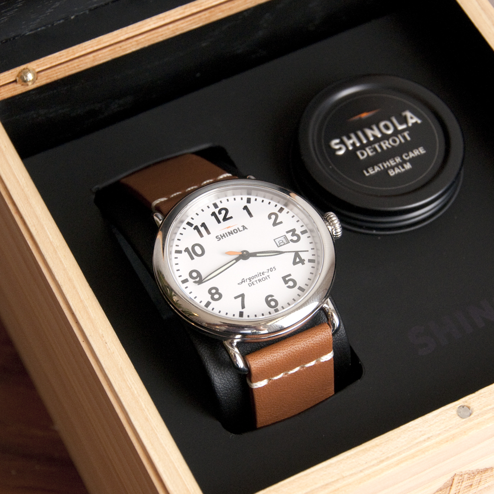 Shinola Runwell Date 41mm Silver Case/White Dial
