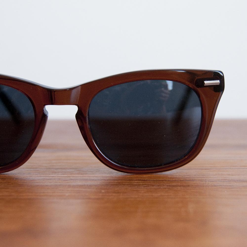 Shuron Sunglasses Freeway Brown Smoke in Dark Grey